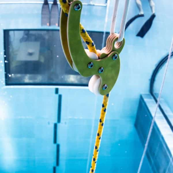 Molchanovs Pulley System in the pool 1