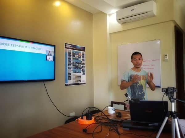Learn Freediving Online - Edwin Teaching